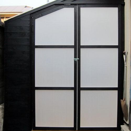 cabindoor03